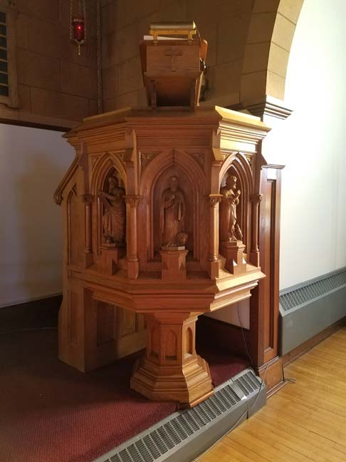 Danish immigrant artisan Jes Smidt designed the church, the altar, altar rail, and pulpit.